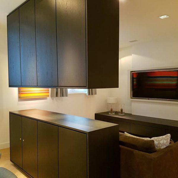 Zwevend meubelwerk by OWN